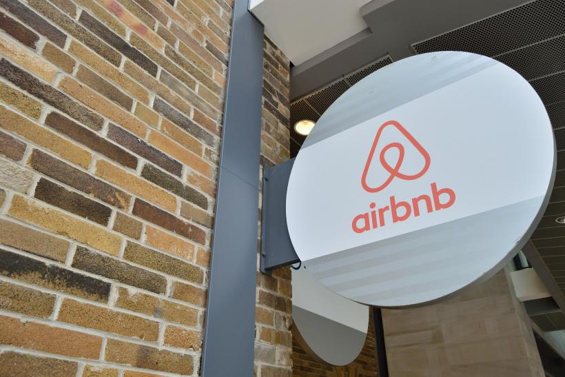 Airbnb Partners With NAACP To Encourage Members To Sign Up