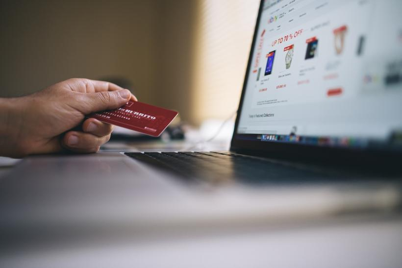 Online purchase with credit card