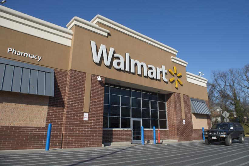 after christmas sales 2017 walmart amazon hobby lobby menards costco and more - What Time Does Walmart Open Day After Christmas
