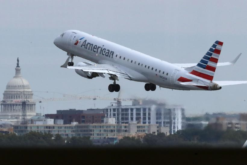 Mechanical issue on American Airlines flight sends 4 to hospital