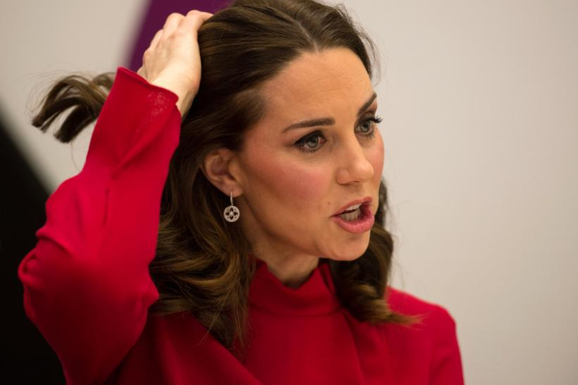 Duchess kate middleton dressed to receive lots of hot spunk - 1 6