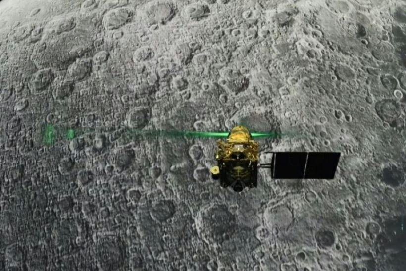India loses contact with Moon lander