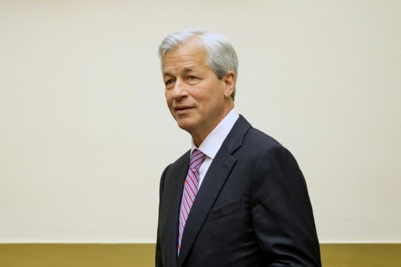 Jamie Dimon, chief executive officer of JPMorgan Chase, signaled the bank expects a hit to net interest income due to lower interest rates