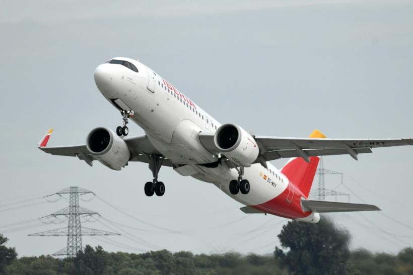 This picture shows an Airbus A-320 of the Iberia airline during take-off on September 24, 2019 at the airport in Duesseldorf, western Germany.