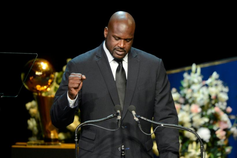 Former Los Angeles Lakers star Shaquille O'Neal has backed a Houston Rockets official who triggered a row with China