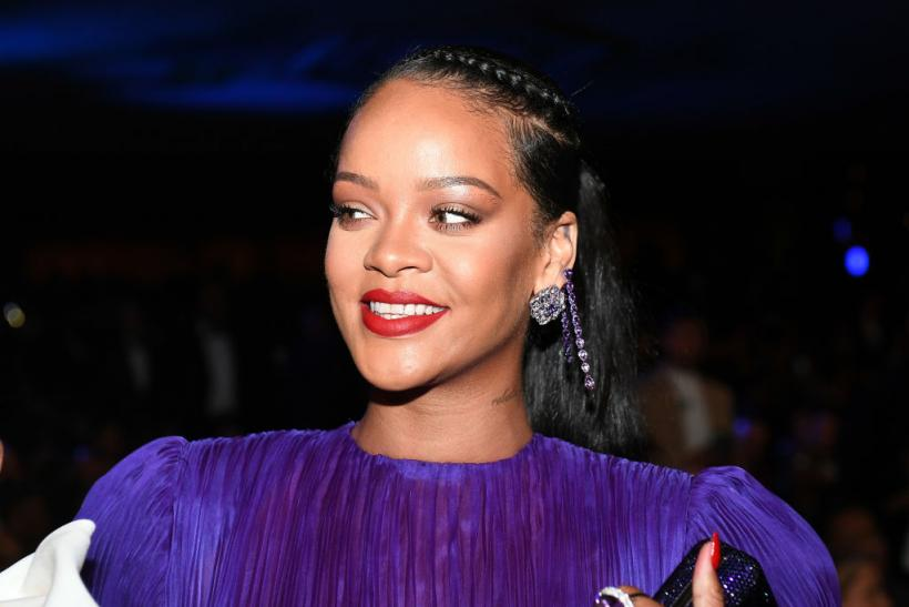 After Rihanna's tweet, hashtags are the new loyalty test