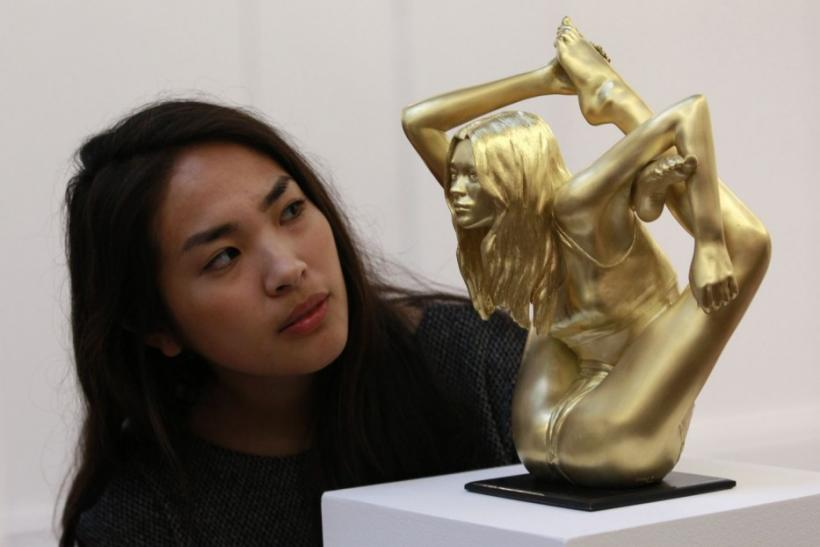 Contorted Kate Moss Gold Sculpture Auctioned at $900000?