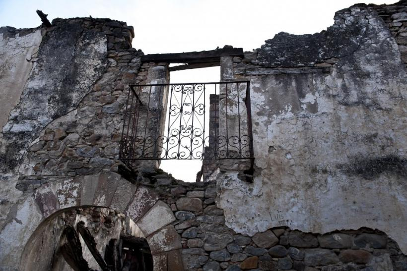 Travel to Esco Ruins, the Abandoned Village in Spai