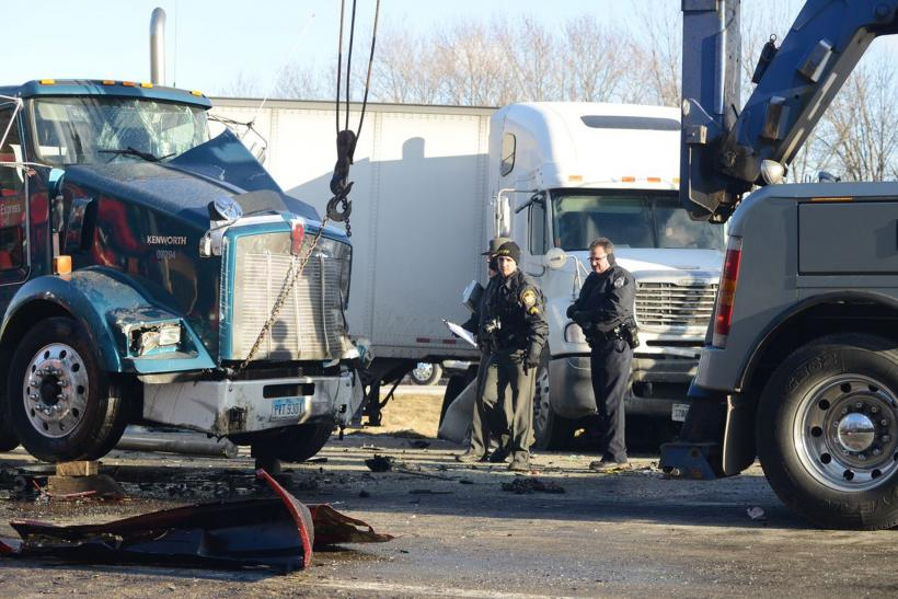 Massive Vehicle Pileup At Ohio Kills Twelve-Year-Old Girl; Block Traffic (Photos)