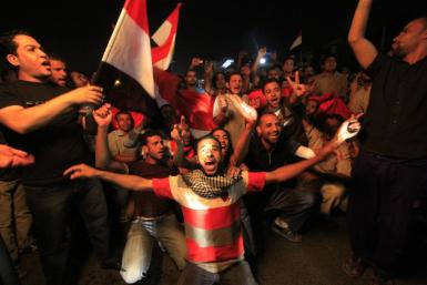 Egypt celebrates as Mubarak resigns.