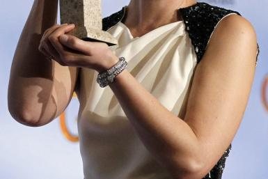 "Claire Danes wins Golden Globe for ""Homeland"""