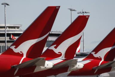 Analysts: Deal with Emirates, Win-Lose for Qantas