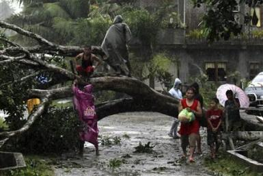 2012-12-04T171341Z_4_CBRE8B30D5Q00_RTROPTP_2_CNEWS-US-PHILIPPINES-TYPHOON
