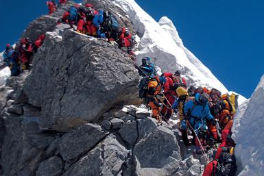 Mt. Everest Traffic