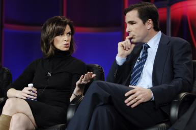 Elizabeth Vargas (L) and Bob Woodruff