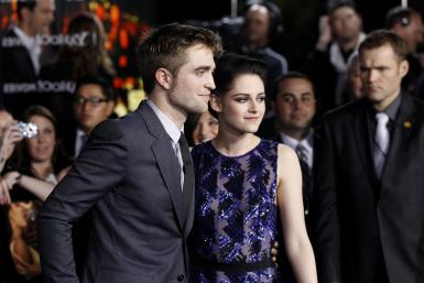 rob and kristen secretly dating