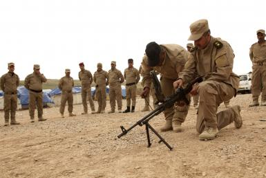 Soldiers Train in Iraq