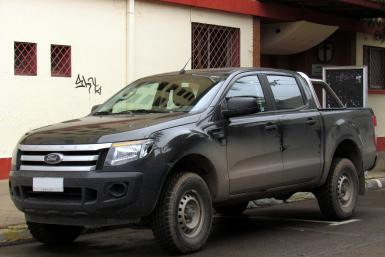 Ford_Ranger_XL_3