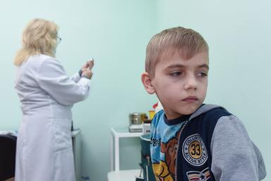 Ukrainian boy awaits measles vaccine