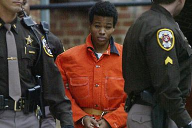 Lee Boyd Malvo en route to pre-trial