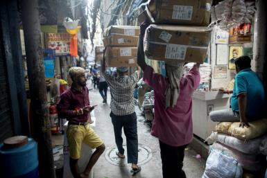 India's economic growth has slowed in the past three consecutive quarters