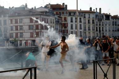 An anti-G7 protest turned violent in Bayonne, near Biarritz