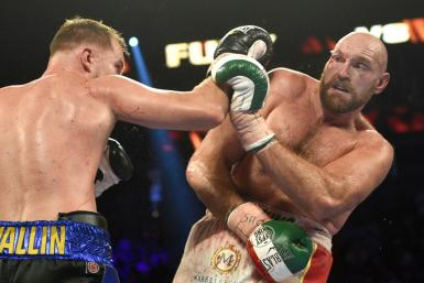 Tyson Fury (R) beat Otto Wallin during in their heavyweight bout in Las Vegas