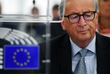 European Commission President Jean-Claude Juncker warns that a no-deal Brexit looms, and that time is running out to avoid it