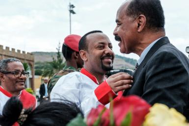 Ethiopia's premier Abiy Ahmed (C) and Eritrean President Isaias Afwerki ended a 20-year-old stalemate between the rival countries in July 2018