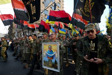 "Protesters chanted ""No to capitulation!"", ""Ukraine above all"" as thousands marched in Kiev against a possible pullback of troops fighting Moscow-backed separatists in the east of the country"