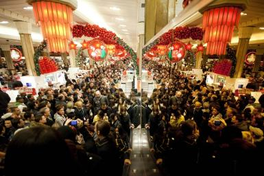 Most analysts are still fairly upbeat on the holiday shopping season in the US this year despite somewhat higher recession fears