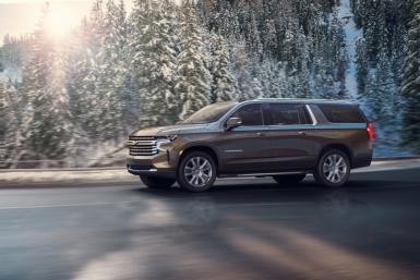 2021-Chevrolet-Suburban-HighCountry-003