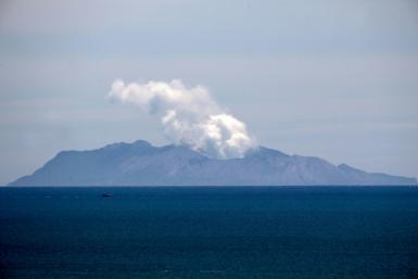 Volcanologists have warned that the chances of another significant eruption on White Island in the next 24 hours has risen to 50-60 percent