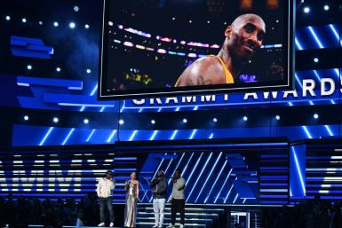 Host US singer-songwriter Alicia Keys and Boyz II Men sing in memory of late NBA legend Kobe Bryant at the start of the Grammys