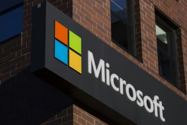 Microsoft has joined with AT&T in the race to make cloud technologies more directly available to users