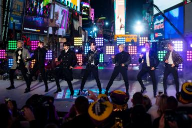 BTS - New York, Times Square New Year's Eve