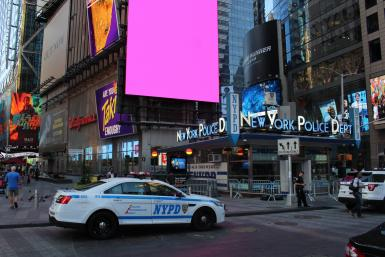nypd-in-times-square-new-york