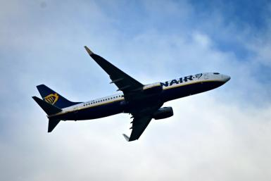 Ryanair told unions to choose: Pay cuts or job cuts