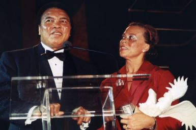Muhammad Ali and wife Lonnie