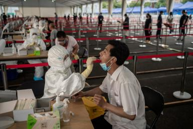 Mass testing for the COVID-19 coronavirus is held in Beijing