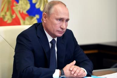 US senators say Russian President Vladimir Putin's government needs to face sanctions for ongoing interference in the 2020 US election