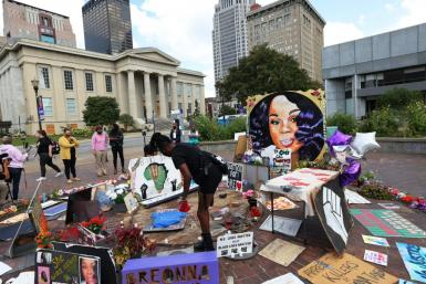 A makeshift memorial for Breonna Taylor in Louisville, Kentucky
