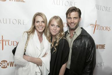 Catherine Oxenberg, India Oxenberg and Casper Van Dien