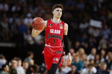 LaMelo Ball of the Hawks in action during the round 9 NBL match between the New Zealand Breakers and the Illawarra Hawks at Spark Arena