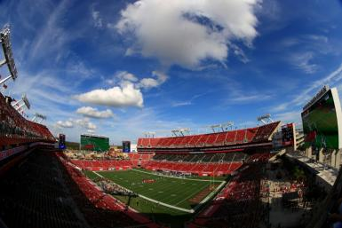 The NFL wants to invite healthcare workers who have been vaccinated against Covid-19 as guests at this season's Super Bowl at the Raymond James Stadium in Tampa