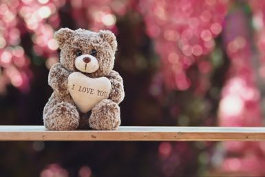 Cute Teddy Bear With I Love You Message