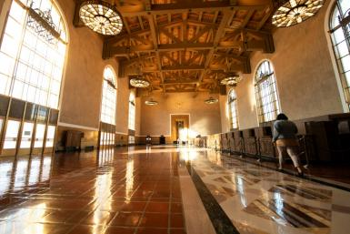 "While Oscars presenters will remain at the previously announced main location in downtown Los Angeles' Union Station, producers are ""planning something special for the UK location"""