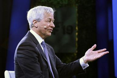 JPMorgan Chase Chief Executive Jamie Dimon says the US is poised for a likely economic boom, but warned the country must address its faltering infrastructure