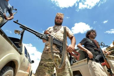 Analysts warn that despite moves towards peace in Libya, the country could slip back into conflict