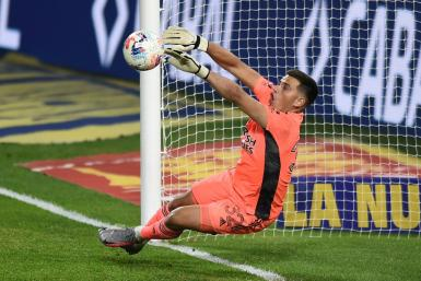 River Plate are hoping fifth choice goalkeeper Leo Diaz will be available for Wednesday's Copa Libertadores game against Santa Fe, following a Covid-19 outbreak that has decimated the Argentine club's roster